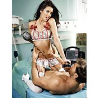 Игровой костюм профессиональной медсестры: топ, мини-юбка с подвязками