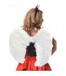 Белые закруглённые крылья